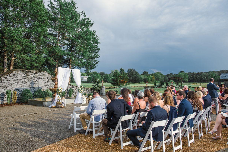 all-inclusive outdoor wedding venue in nashville tennessee